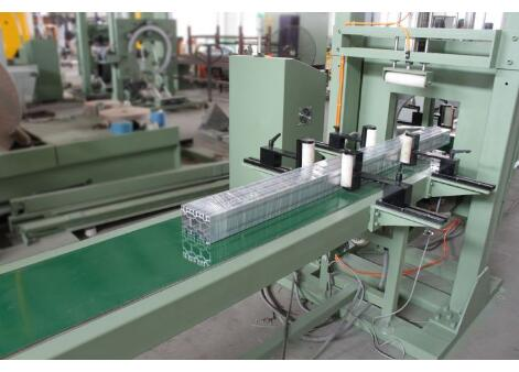 profile packing machine for aluminum extrusions