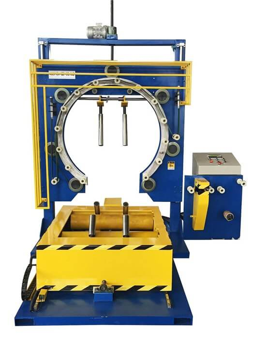 Steel strip wrapping and packaging machine